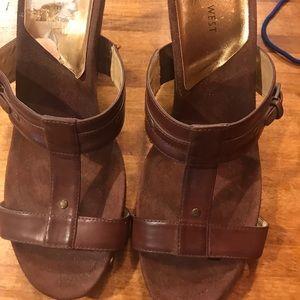 Nine West wedge sandals size 10
